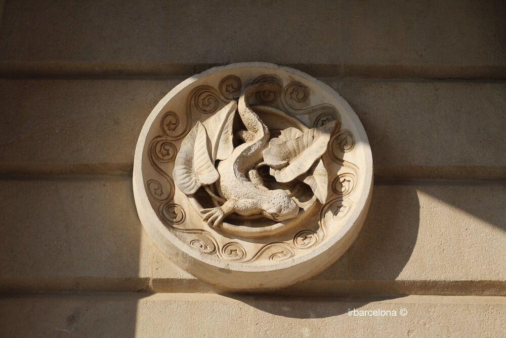 medaglione Antoni Gaudí