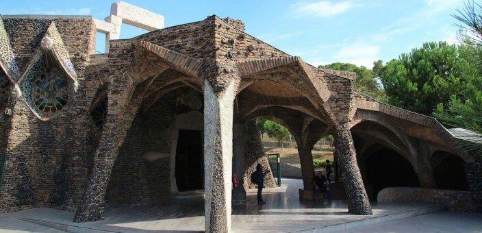 Colònia Güell e Cripta Gaudí