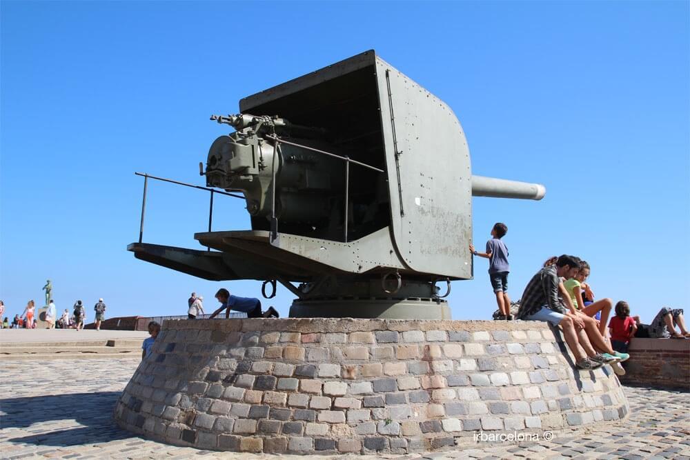 armamento nel Castello di Montjuïc
