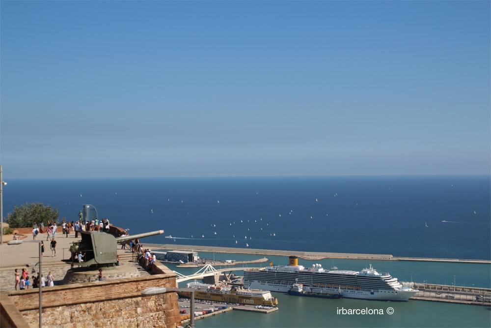 vista del mare dal belvedere di Montjuïc