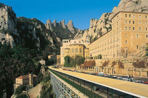 Biglietti Premium Montserrat e Gaudí